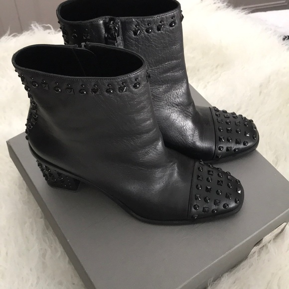 Alexander McQueen Cap Toe Studded Ankle Boots
